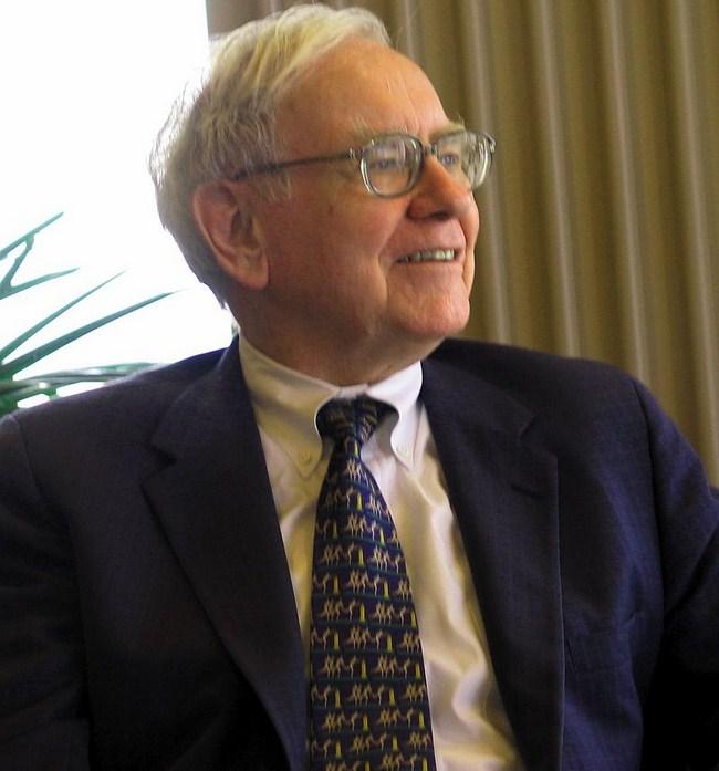 Ini Pertimbangan Utama Warren Buffett Saat Rekrut Karyawan